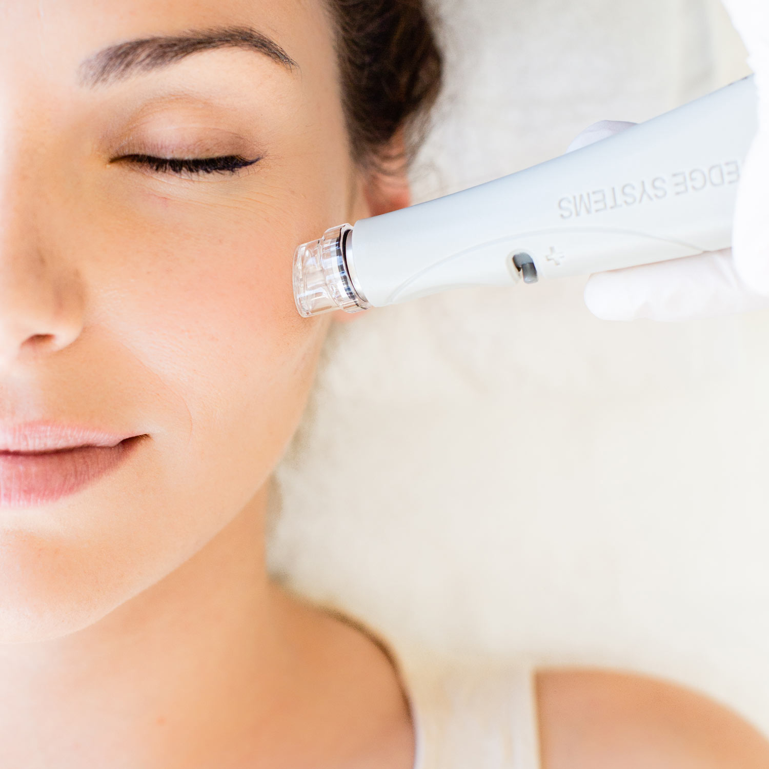 Images of Hydrafacial treatment on skin